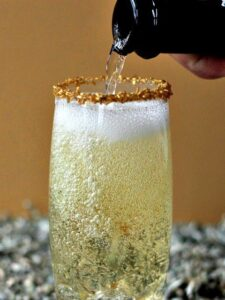sparkling whiskey champagne cocktail