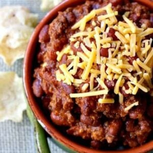 Everyday Chili is an easy beef chili recipe that you can make on the stove top or crock pot