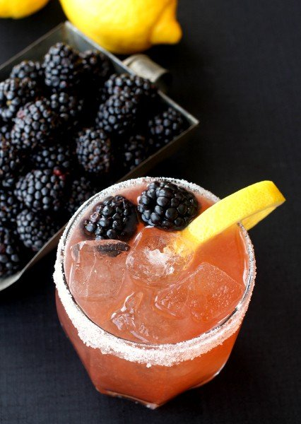 blackberry-whiskey-sour-top