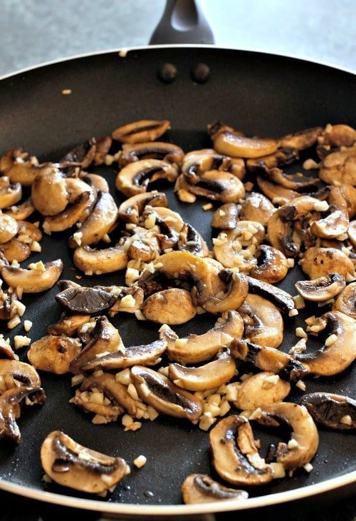 Mushrooms with Oyster Sauce skillet