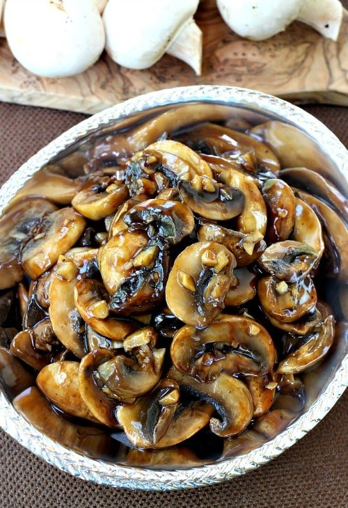 Mushrooms with Oyster Sauce in dish