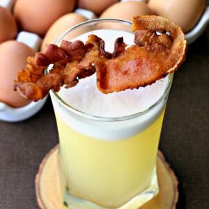 Bacon gin fizz cocktail
