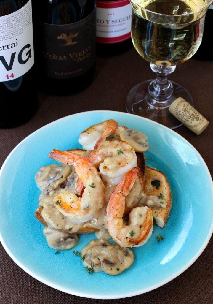 Shrimp Toast with Cream Sauce on plate