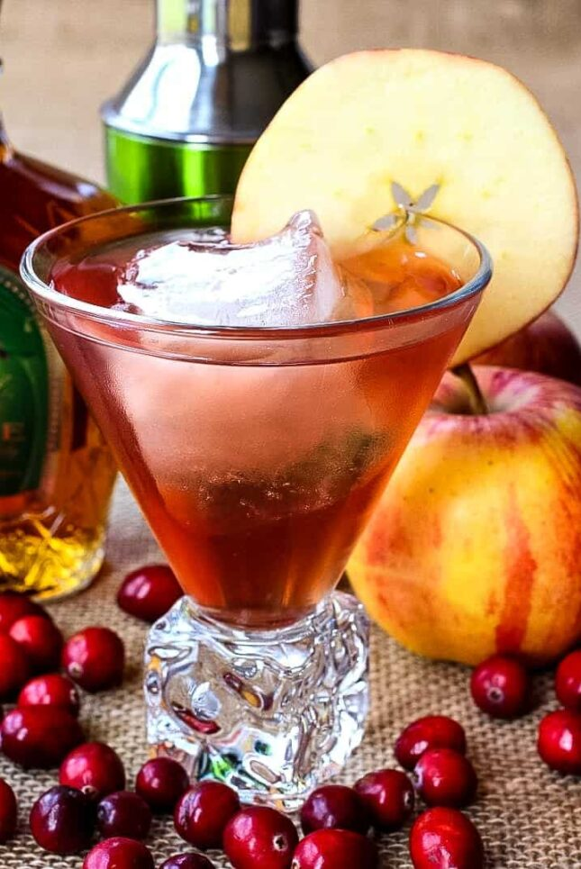 Crown Royal Apple cocktail in a glass with an apple slice