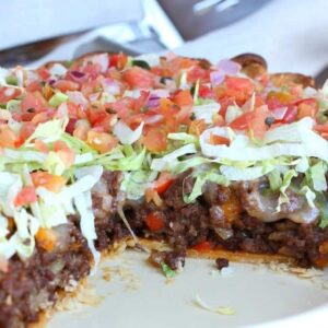 This Loaded Taco Pie is going to be a hit at the dinner table!
