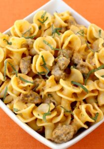 Pasta with Pumpkin Cream Sauce