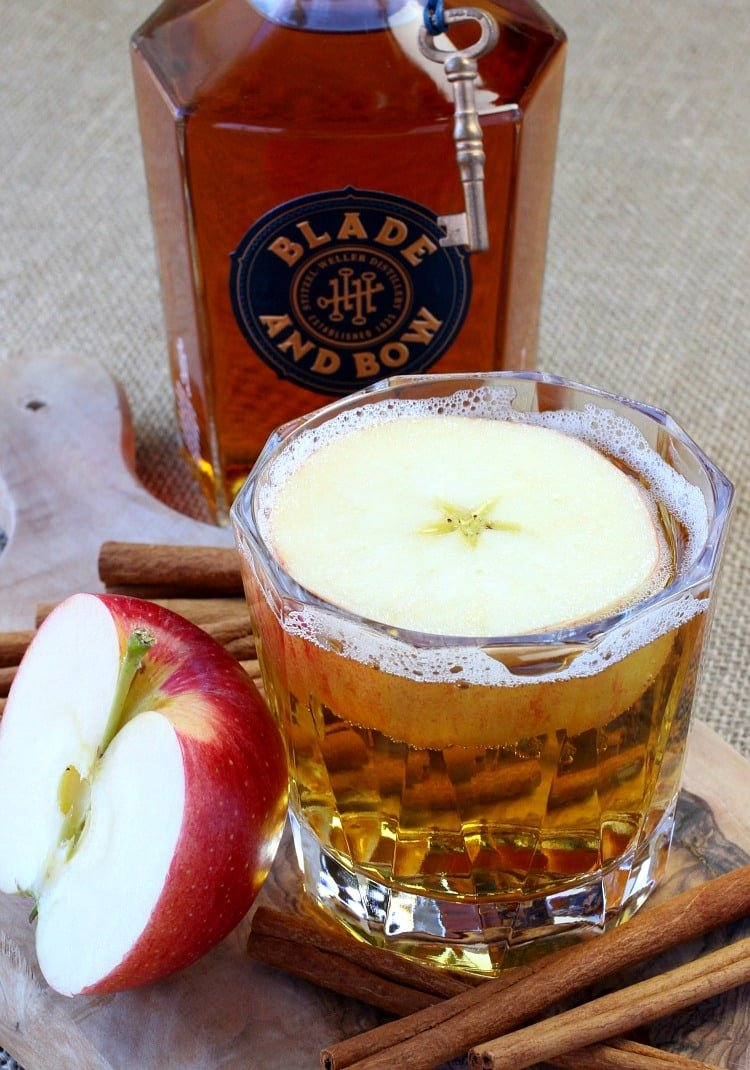 Big Apple Bourbon combines apple cider and bourbon in a cold cider cocktail