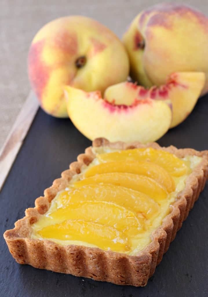peach-custard-tart-single