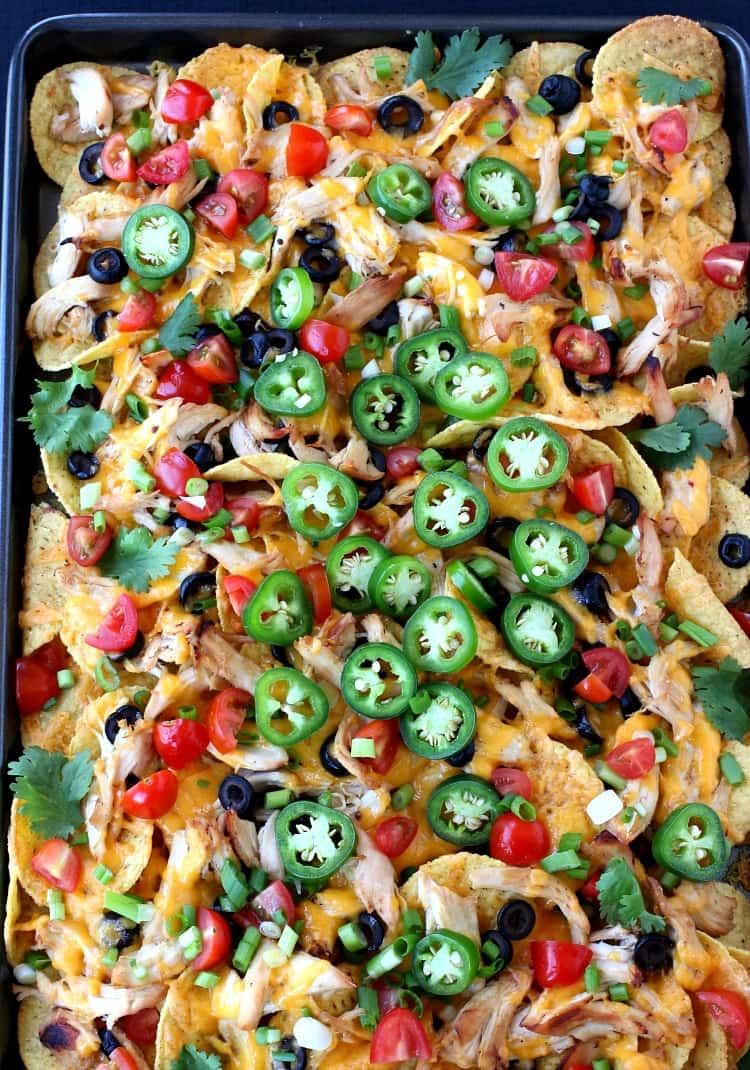 chicken-sheet-pan-nachos-topshot