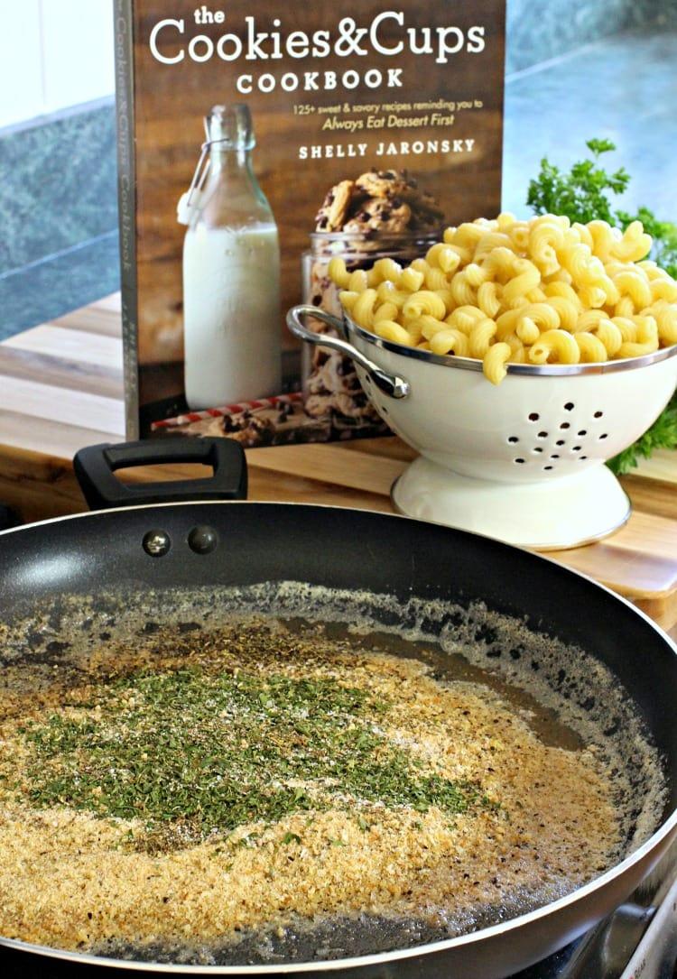 garlic-bread-pasta-crumbs