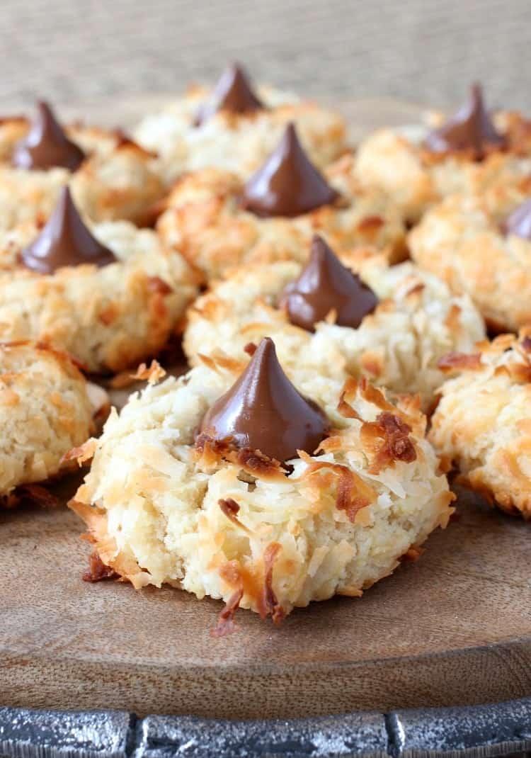 coconut-rum-cookies-feature