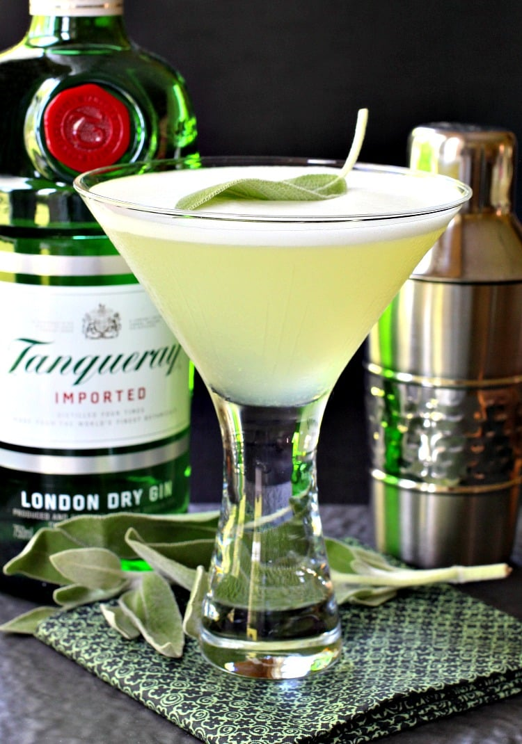 Sage gin martini mantitlement for Best gin for martini recipes