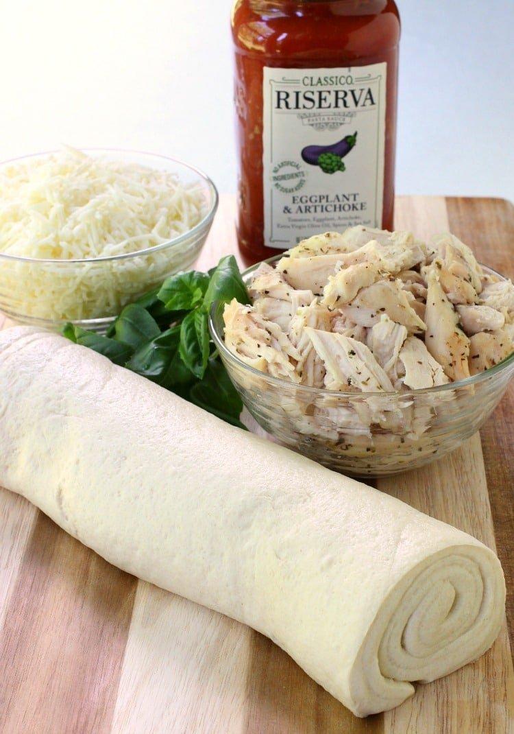 Saucy Chicken Pizza Rolls ingredients