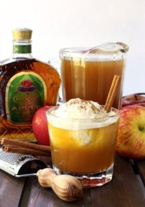 Whisky Apple Pie Float