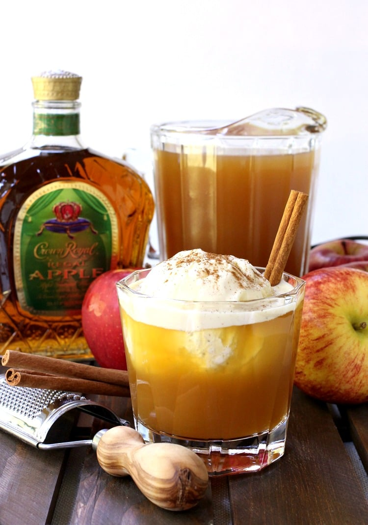 whisky-apple-pie-float-featured