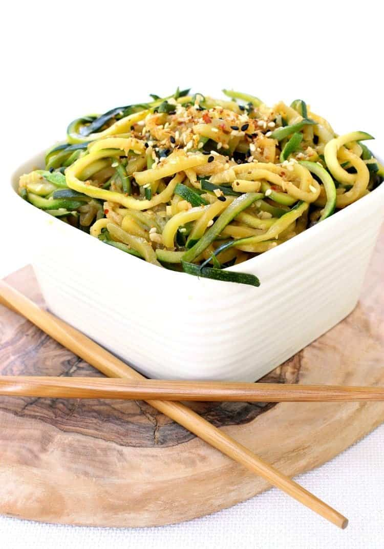 asian-zucchini-noodles-featured