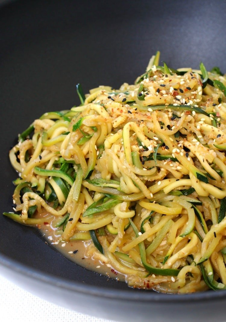 asian-zucchini-noodles-wok