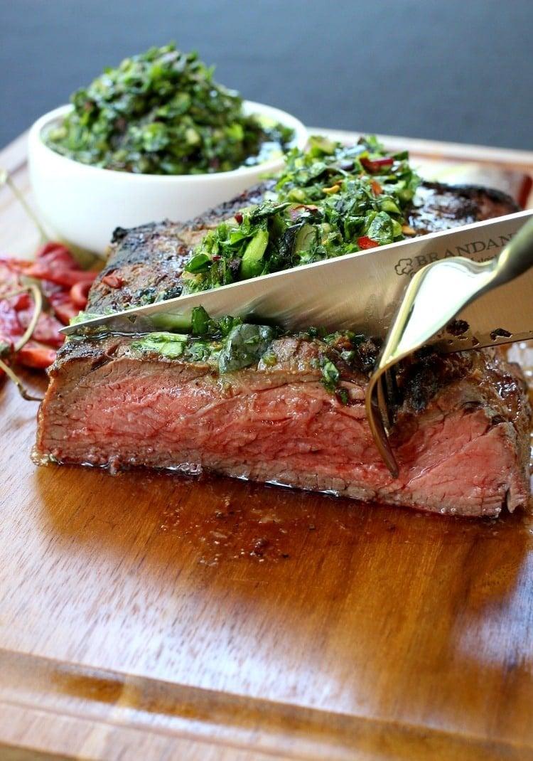 grilled-steak-spicy-chimichurri-knife