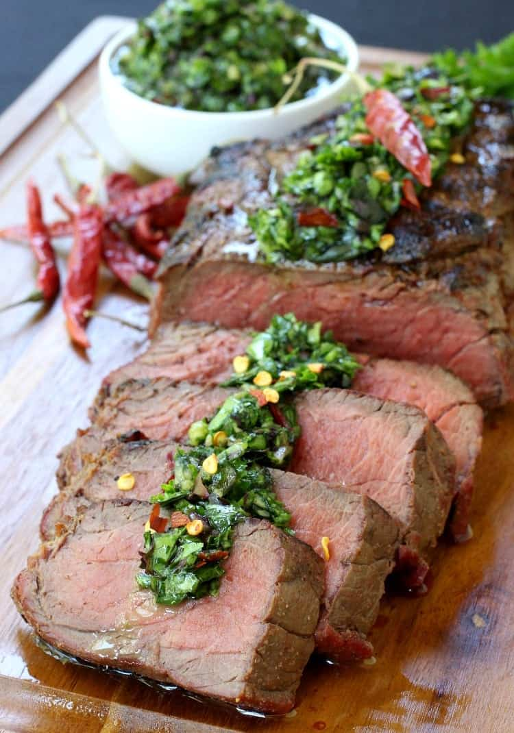 grilled-steak-spicy-chimichurri-slice
