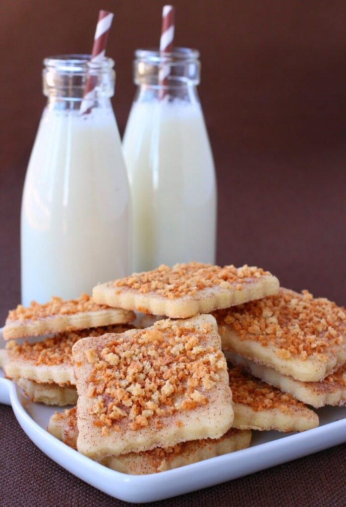 These Cinnamon Toast Crunch Cookies have a crunchy and sweet topping!