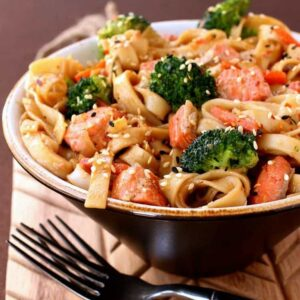 Quick Salmon Noodle Bowl