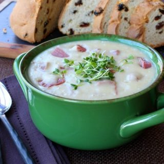 Creamy Potato and Corned Beef Chowder