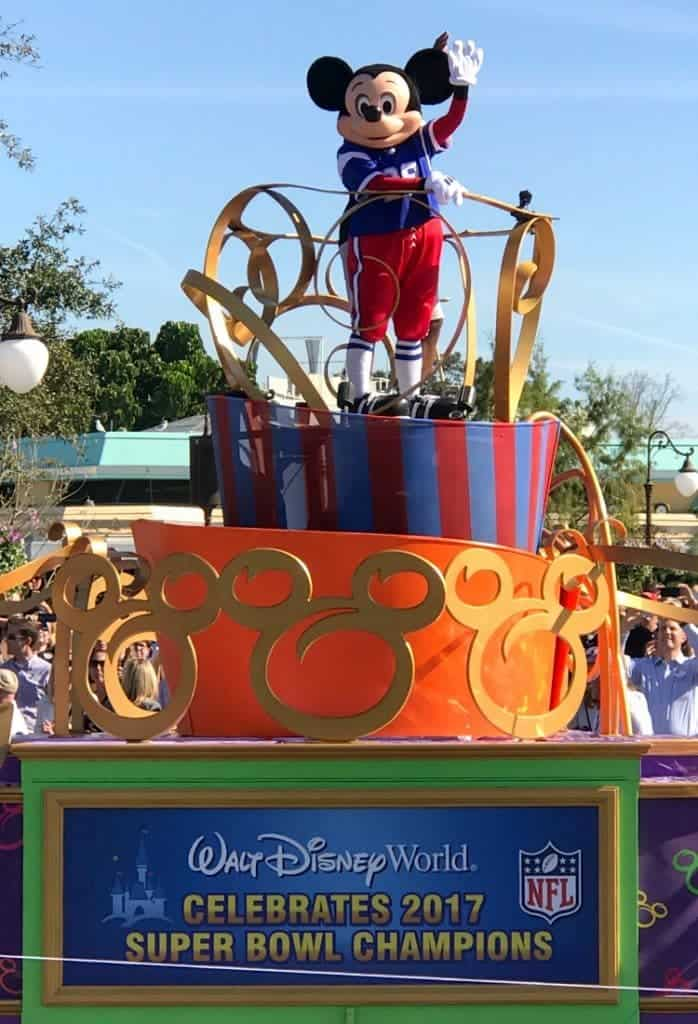 Eating Our Way Through Disney, parade