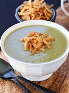 This Zero Cream Asparagus Leek Soup is my favorite healthy soup!