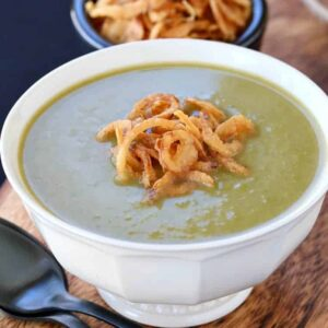 This Zero Cream Asparagus Leek Soup is my favorite healthy soup!