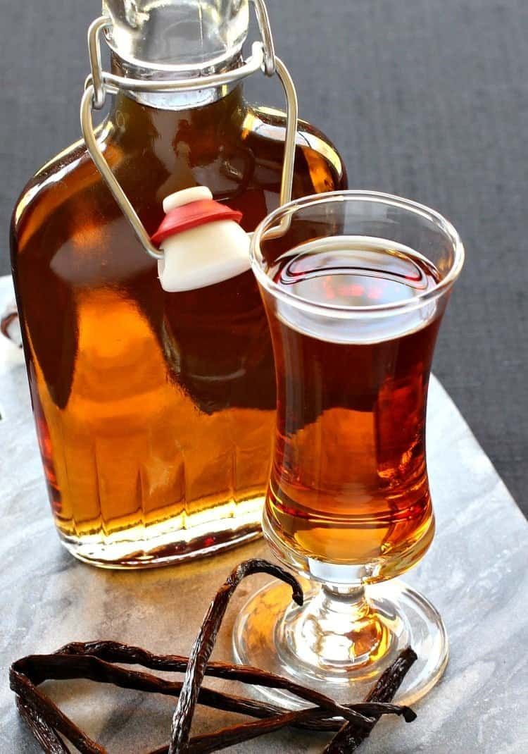 Homemade Amaretto Recipe How To Make Amaretto
