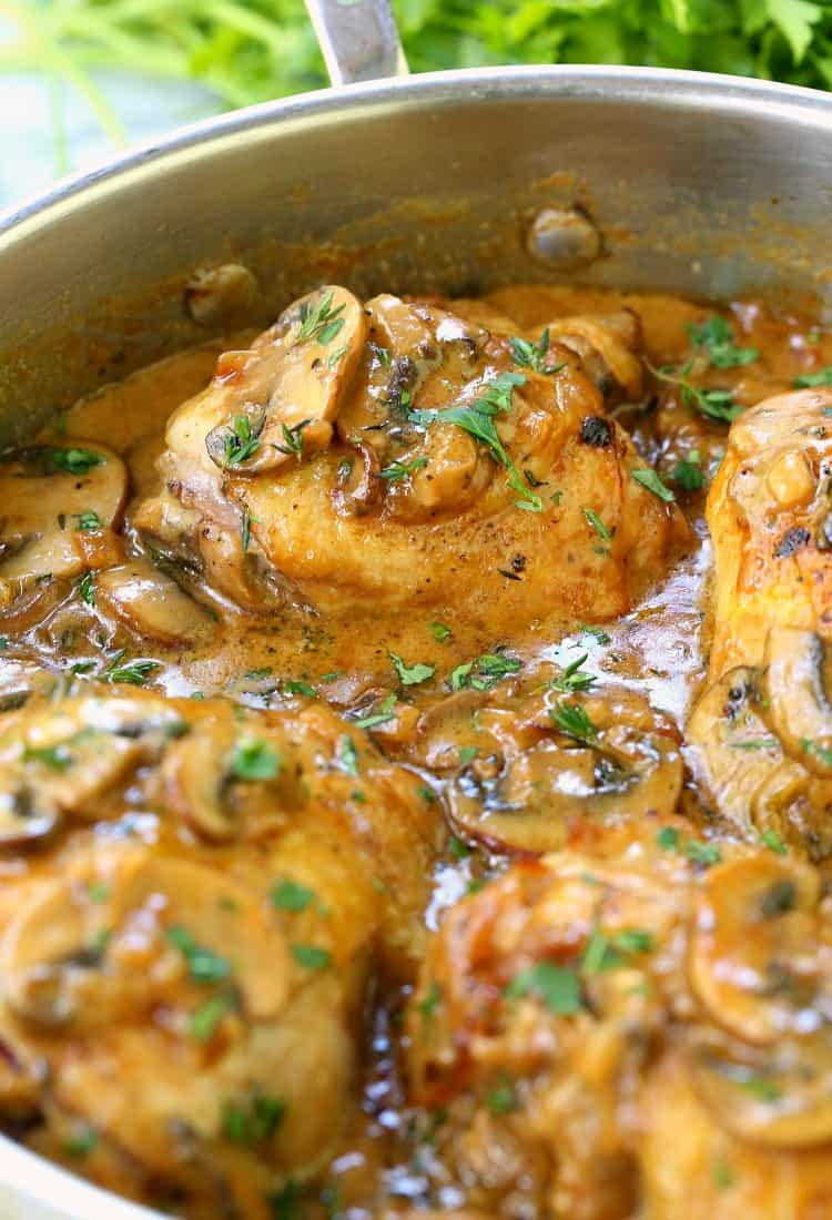 chicken thigh recipe with mushrooms and onions