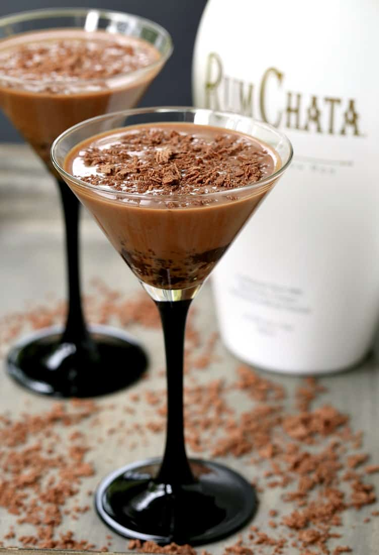 This Mississippi Mud Pie Martini is a RumChat drink made with chocolate vodka and a cookie crust