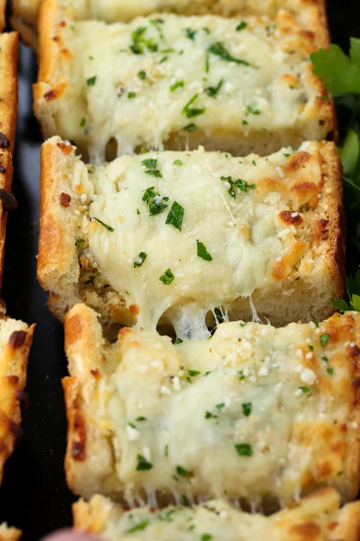 Easy Cheesy Garlic Bread is a garlic bread recipe with mozzarella cheese