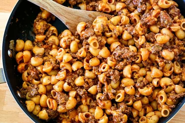 Skillet with pasta, beef and sauce