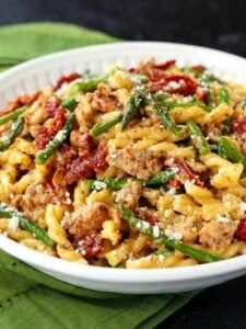 pasta recipe with Italian sausage and asparagus