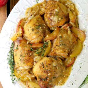 chicken thigh recipe with apple cider gravy