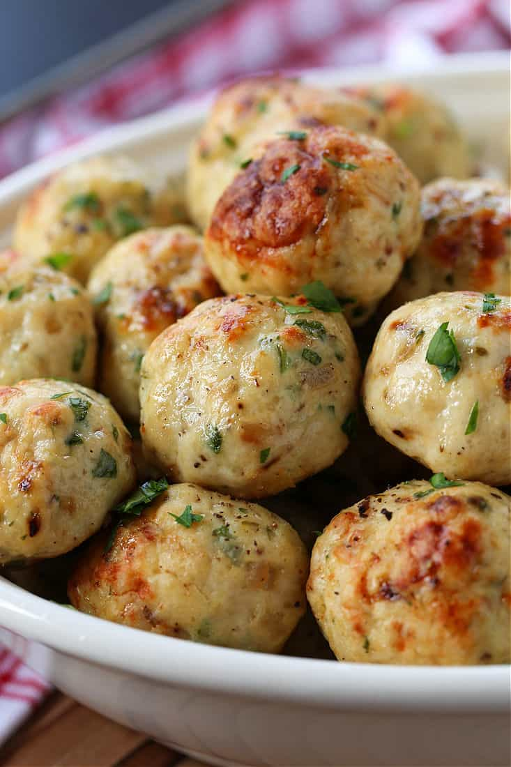 Chicken meatballs in a serving bowl
