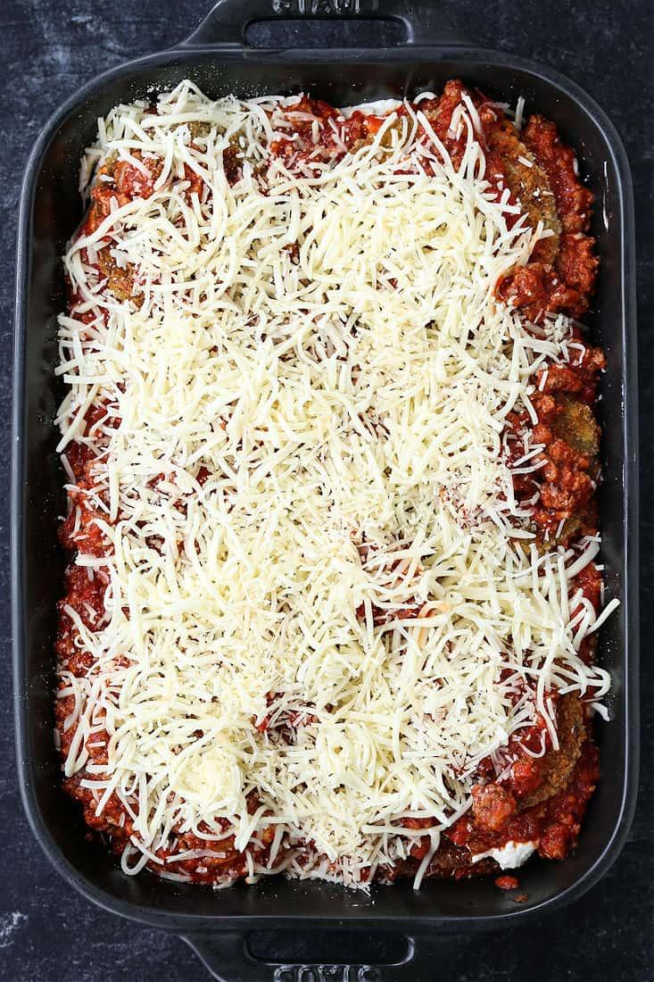 Mozzarella cheese topping eggplant parmesan casserole