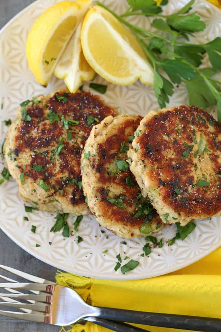 instead of crab cakes make these tuna cakes instead