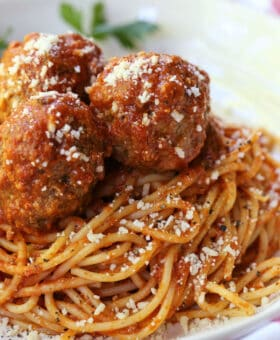 Slow Cooker meatballs on top of spaghetti