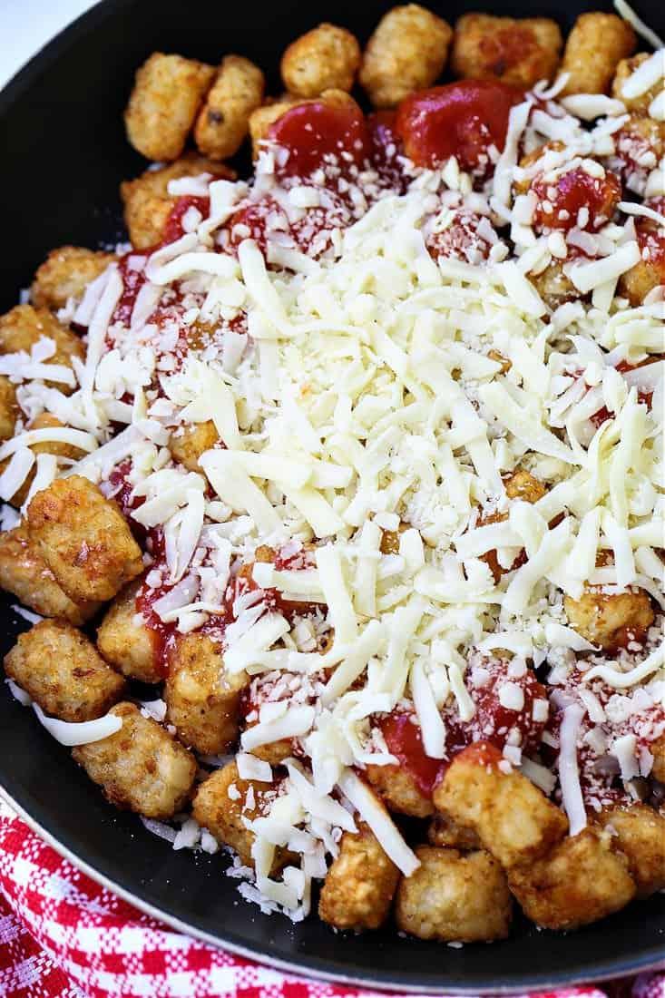 recipe for making totchos, AKA tater tot nachos