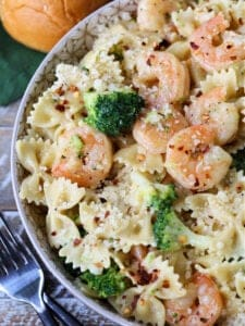 Shrimp and broccoli pasta in a bowl